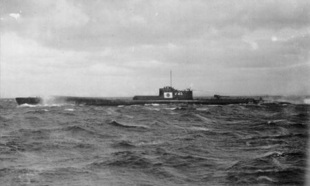 Photograph of B2 class submarine
