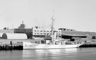 Photograph of Haida class Coast Guard cutter