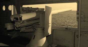 "Photograph of early version of 3""/40 gun on battleship Mikasa"