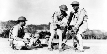 Photograph of           FIlipino soldiers training on an 81mm mortar