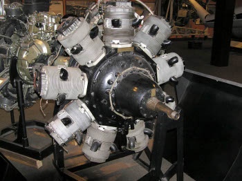 Photograph of Perseus aircraft engine