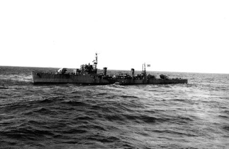 Photograph of Tachibana-class destroyer escort