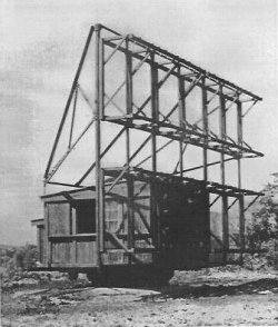 Photograph of Type 1       Mark 1 early warning radar